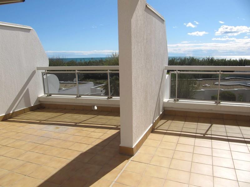 Spacieux P2 cabine face plage – terrasse 25 M² – V