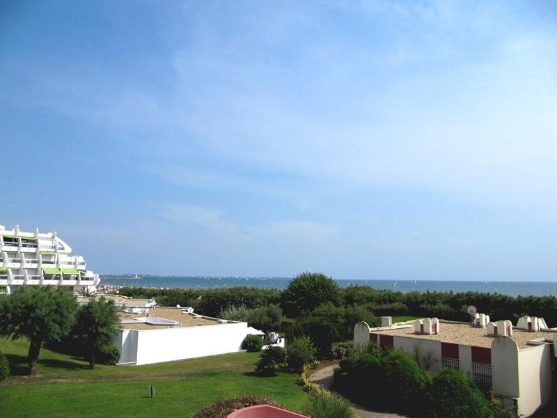 P2 cabine face plage, jolie vue mer et jardins ave