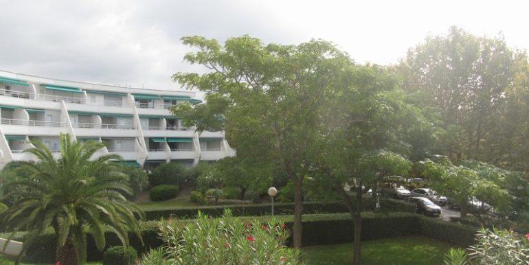 vente Appartement LA GRANDE MOTTE Golf au golf proche du lac du ponant spacieux P2